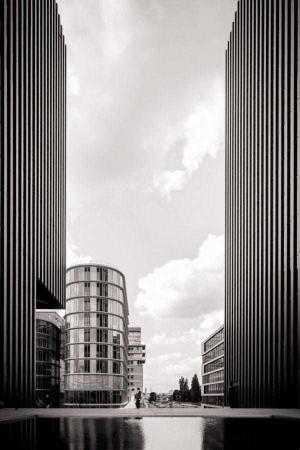 Hochzeitsfotografie Medienhafen Düsseldorf